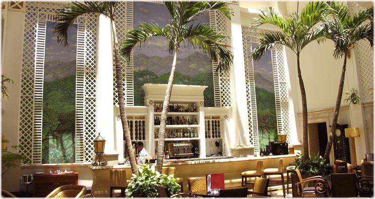 Hotel Saratoga Near Old Havana